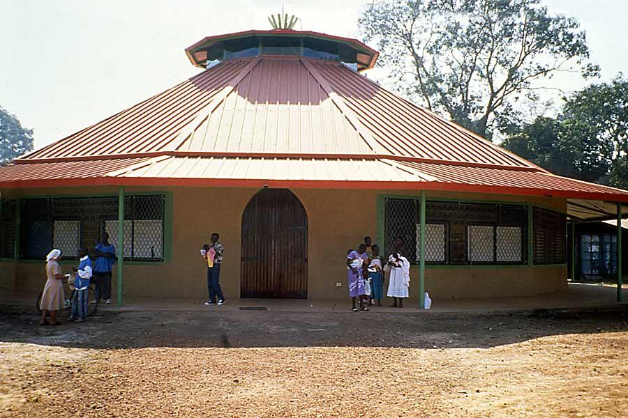 1995 - Chiesa parrocchiale
